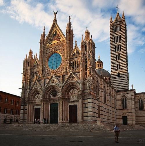 Dom von Siena in allen Details zu bewundern
