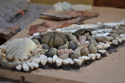 Muscheln, Seeigel und Kiesel – Mosaike so vielfältig wie die Natur